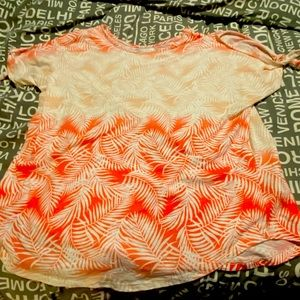 Gently used woman's cold shoulder t-shirt.